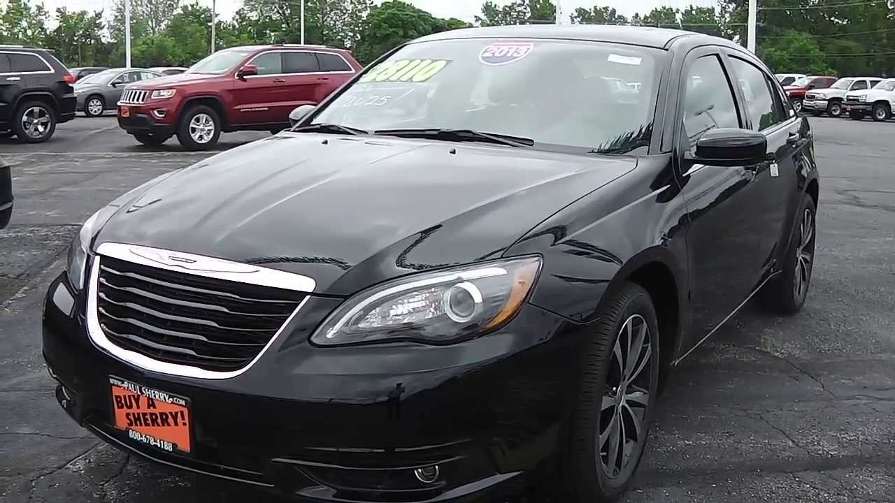 2013 chrysler 200 limited sedan black for sale dayton troy. Black Bedroom Furniture Sets. Home Design Ideas