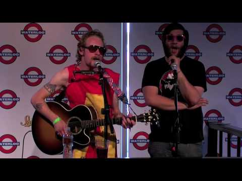 Deer Tick - La La La  (Live @ Waterloo Records in Austin, 2009)