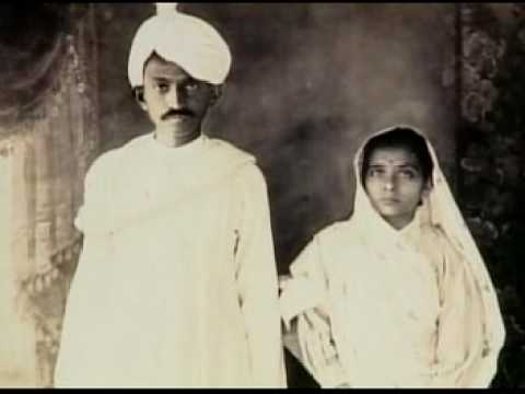 Mahatma Gandhi - Biografia en castellano (2/5)