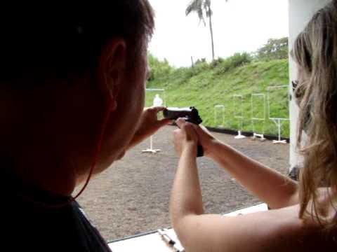 pistola 45 Video