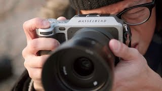 Hasselblad X1D - 50MP Medium Format Mirrorless Camera Review!
