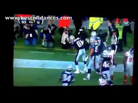 Aaron Hernandez Making It Rain Touchdown Celebration