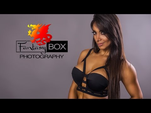 Damaris Vides by Fantasy Box Photography