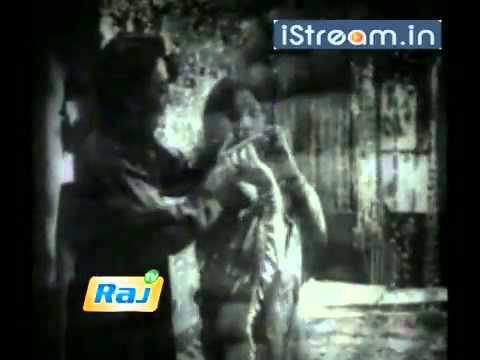 Enna ninaithu ennai-Nenjil Oru Aalayam.