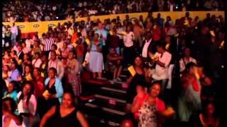 Joyous Celebration {J C 16}   I Beat Medley Ft  Khaya Mthethwa