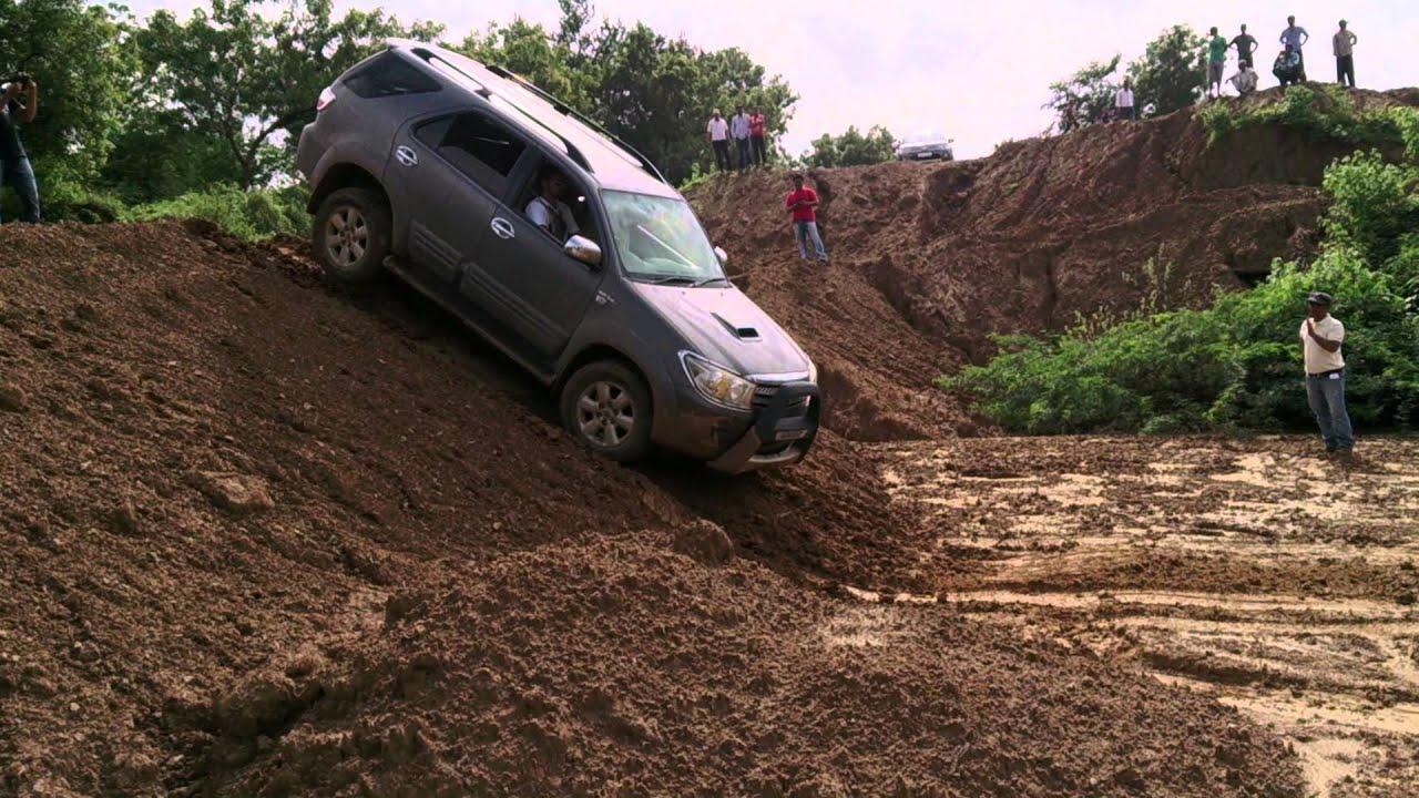 Toyota Fortuner Off-roading