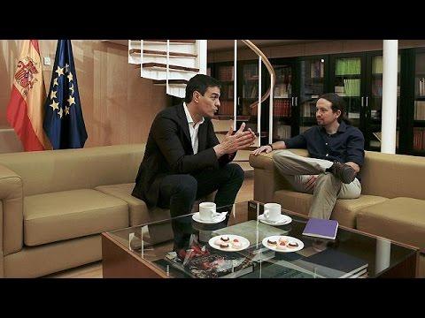 İspanya'da sol partiler hükumet kurmak için buluştu