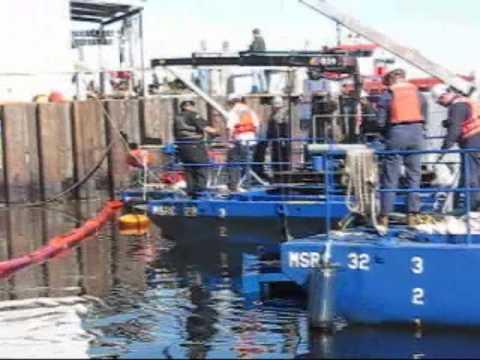 Sabine-Neches Waterway oil spil clean up