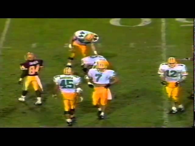 Oregon LB Joe farwell knocks down a pass vs. ASU 11-09-1991
