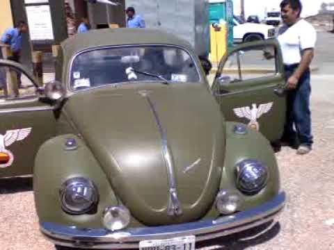 Exibicion de autos clasicos y muscle cars en San Luis Potosi