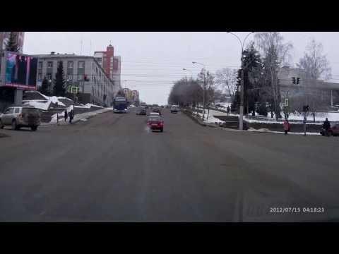 Автобус и пешеход