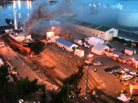 Fire in Lyttelton dry dock Ocean Breeze August 2012 - Part 2