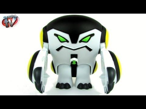 Ben 10 Omniverse 15cm Feature Cannonbolt Action Figure Toy Review. Bandai