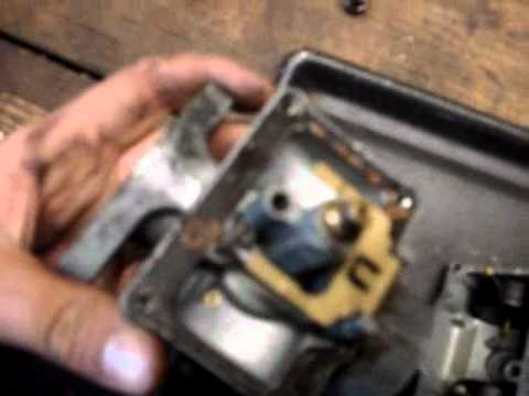 Cleaning a Snowmobile or ATV Carburetor