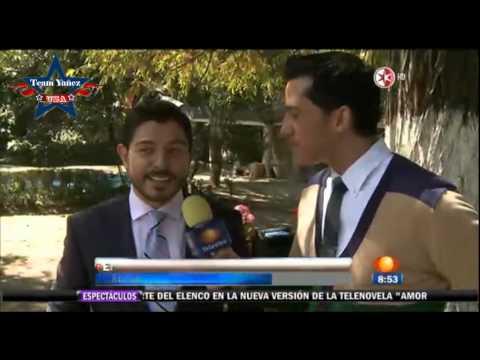 Eduardo Yañez y elenco de