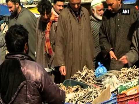 Demand for popular dry fish 'hoggard' soars during winter in Kashmir