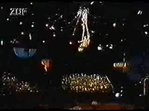 Aerial acrobatic contortion act Video