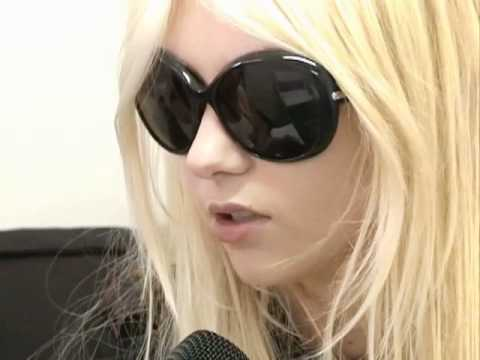 Entrevista aos The Pretty Reckless Music Videos