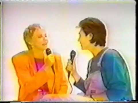 Anne Murray - Love Song ( K.D. Lang, Anne Murray )
