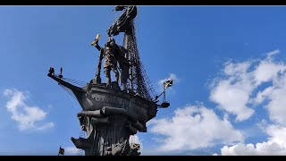 Тестирование 8x зума на OnePlus 6T в Парке Горького, на памятнике Петру 1