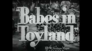 Jitterbugs (1943) - Official Trailer