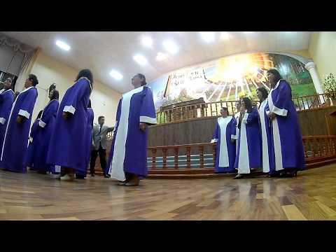 Sesion De Fotos Y Video Coro Estudio Biblicos Laja