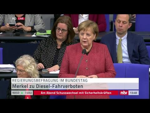 Live Merkel bei Fragestunde der Bundesregierung