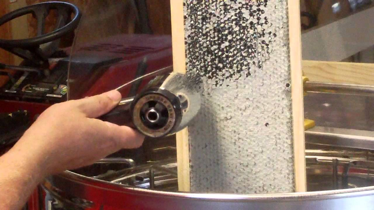 Uncapping Honey Super Frames With A Heat Gun Youtube