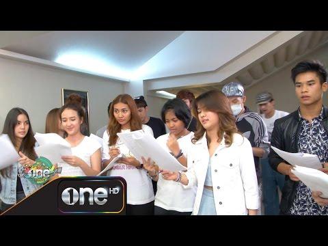 ย้อนหลัง one บันเทิง 24 เม.ย.58 (2/2) บรรยากาศ THE STAR 11 พร้อมรุ่นพี่ ฝึกซ้อมร้องเพลงรอบชิงชนะเลิศ