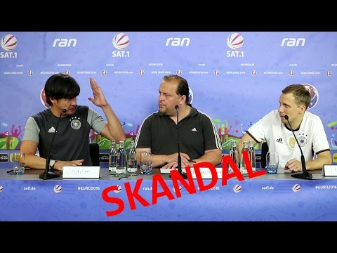Skandal Pressekonferenz Jogi Löw und Lukas Podolski - Deutschland Nordirland EM 2016 Frankreich