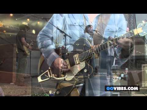 """The Black Crowes performs """"Good Morning Captain"""" at Gathering of the Vibes Music Festival 2013"""