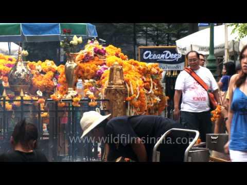 Offerings and prayers at Erawan Shrine - Bangkok