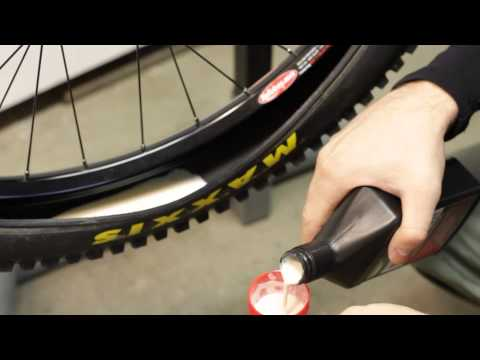 Stan's Notubes Tubeless System installation