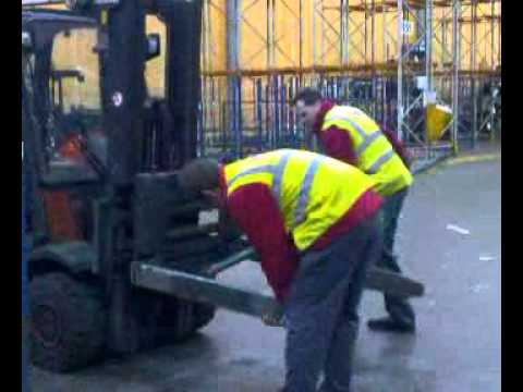 Fork Lift Rape.3gp video