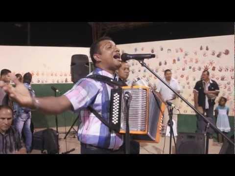 Con Cristo La Vida Cambia - Dagoberto el Negrito Osorio - En Concierto video
