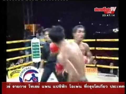 Somrak Sor Khamsing vs Kamel Jamel – Sanam Luang 5th December 2000