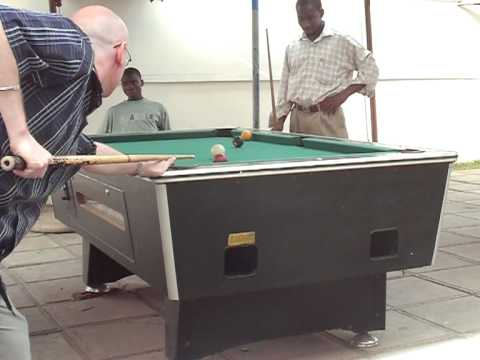 Playing Pool / 8-Ball At On-The-Run - Sakumono, Ghana