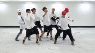 more proofs that BTS FIRE choreography goes with everything but this time with polish songs