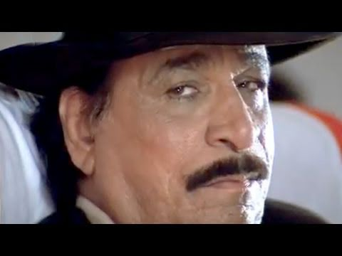 Prem Chopra and Kadar Khan in Aeroplane - Sapoot Scene