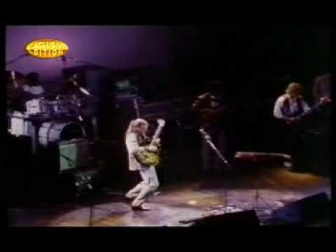 Steve Howe - Sharp On Attack