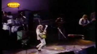 Steve Howe - Sharp On Attack