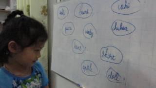 Anh hai dạy Em bé học tiếng anh tại nhà - Học tiếng anh là đam mê của bé
