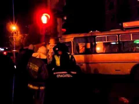 Авария в центре Кургана с двумя пассажирскими автобусами