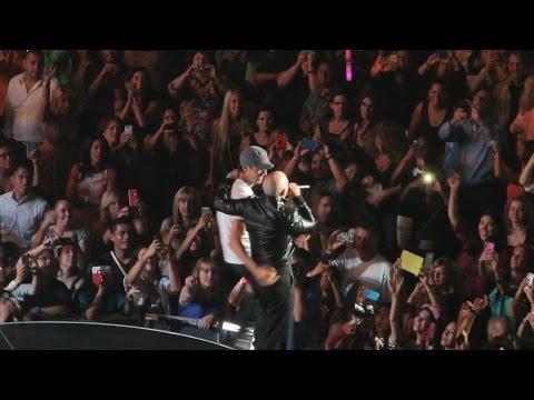 PITBULL Live Concert Mix Sex and Love Tour Sep 2014 mp3 indir
