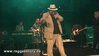 Dr. Ring Ding & The Steadytones - 1/2 - Dancing With The Fat Man´s Lady - 03.11.2018 - Dynamite Ska