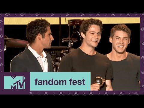 download lagu Teen Wolf Cast Accepts Fandom Icon  Fandom Fest gratis