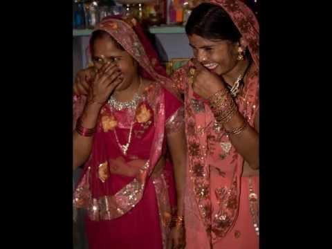 Hindi Wedding Awadhi Folk Song: Fashionwali by Indra Srivastava