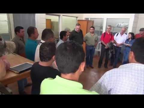 Expertos en Ganadería y Leche de la Universidad de Wisconsin, visitan Honduras