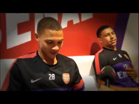 ARSENAL: Gibbs vs The Ox - Nike Event in Bejijng [HD]