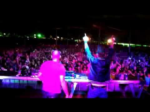 X-noiZe live @ XXX experience 15 years ,sao paulo , BRAZIL thumbnail